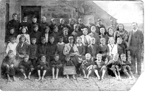 Barvas School Former Pupils - 1912
